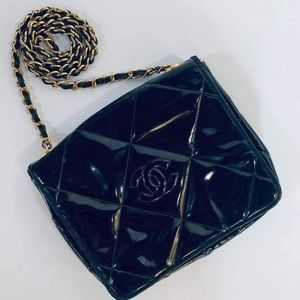 💯AUTH CHANEL VINTAGE QUILTED MINI CHAIN BAG BLACK